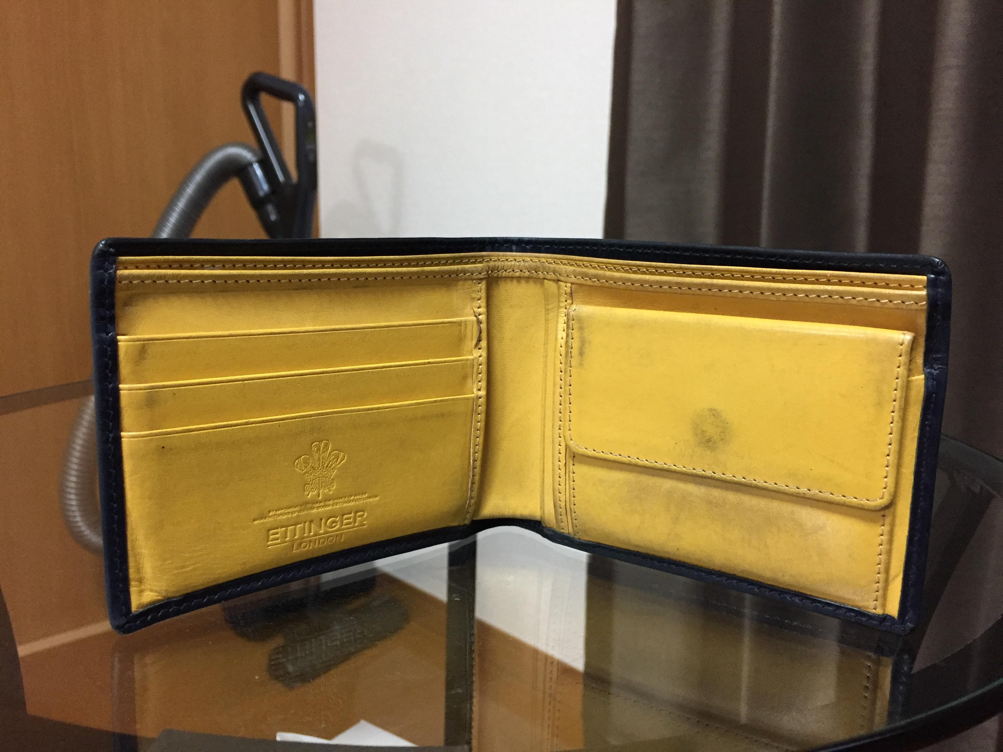 ettingerの財布